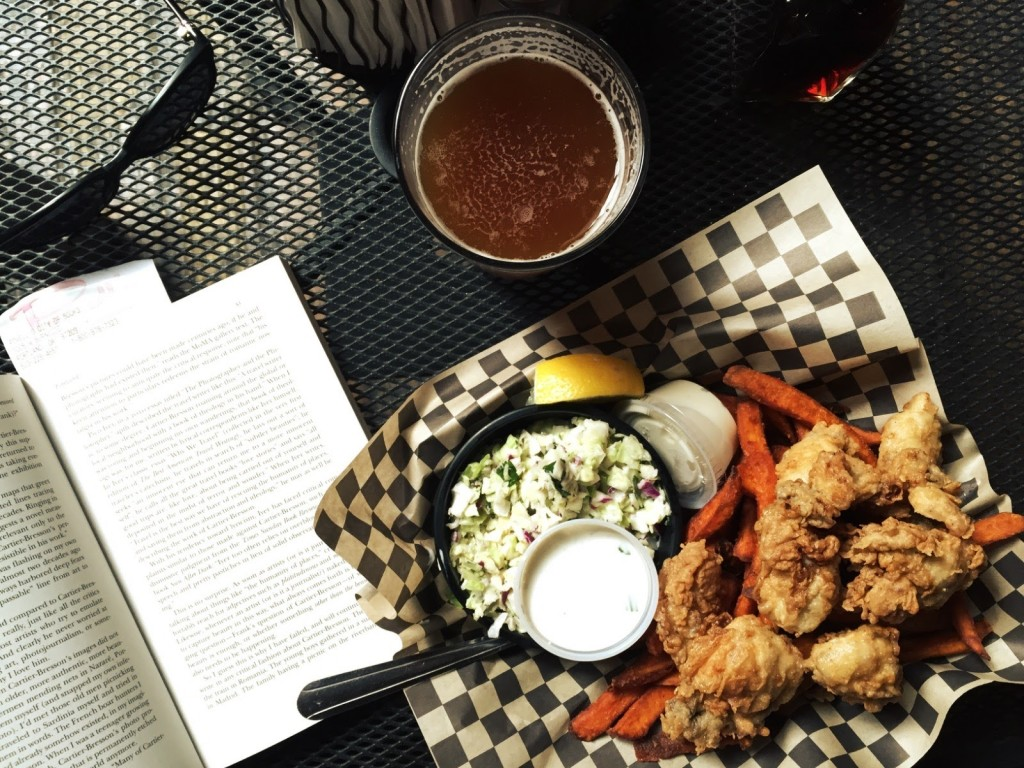 fresh oysters, sweet potato fries, amber ale and an anthology. Lunch of champions.